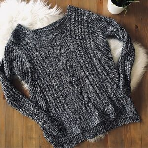 EXPRESS cable knit oversized crew neck sweater MED